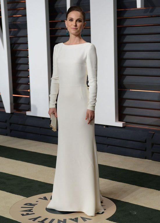 Natalie Portman uczy się paryskiego szyku