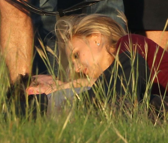 Natalie Portman wypięła biust i pokazała brzuszek (FOTO)