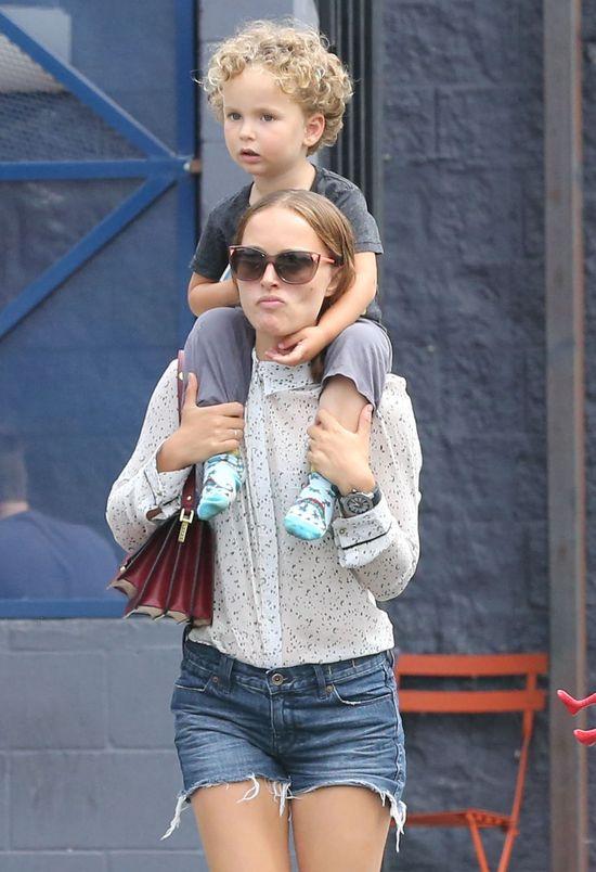 Synek Natalie Portman to ma�y s�odziak (FOTO)