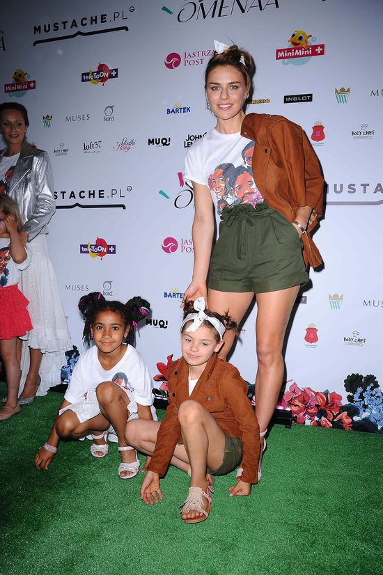 Natasza Urbańska z córką Kaliną na pokazie mody (FOTO)