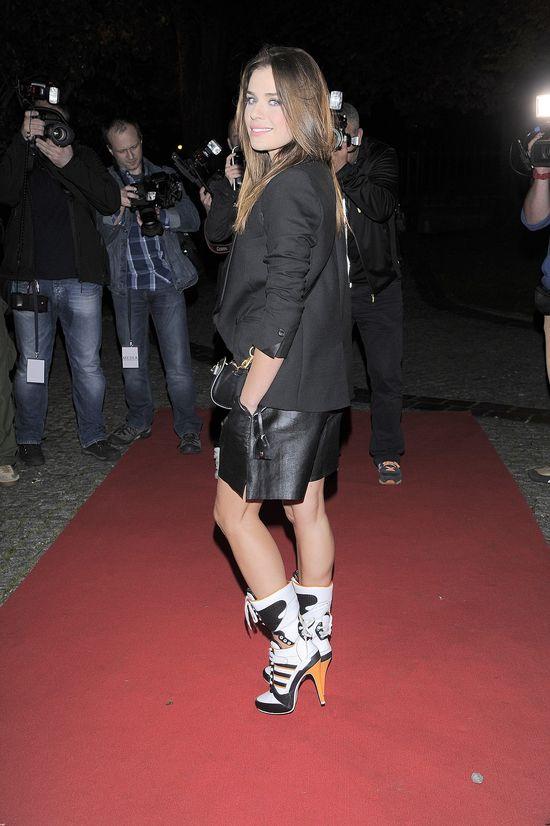 Ikona stylu w takich butach? (FOTO)