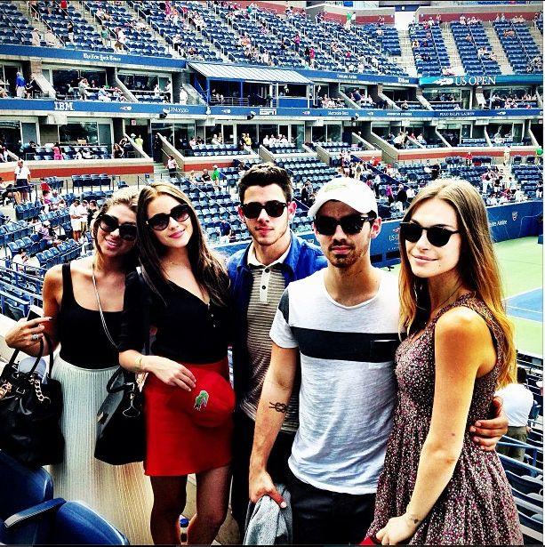 Nick Jonas ma nową dziewczynę (FOTO)