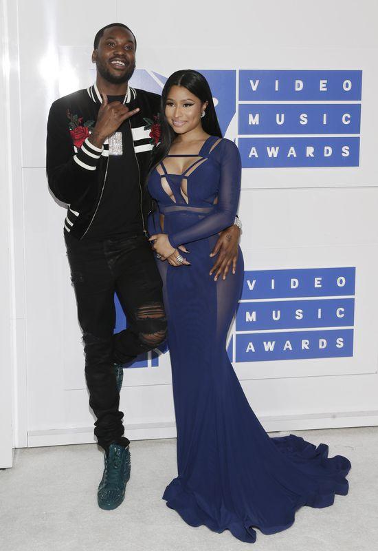 Nie Beyonce i nie Kim Kardashian miały największe pośladki na imprezie (FOTO)