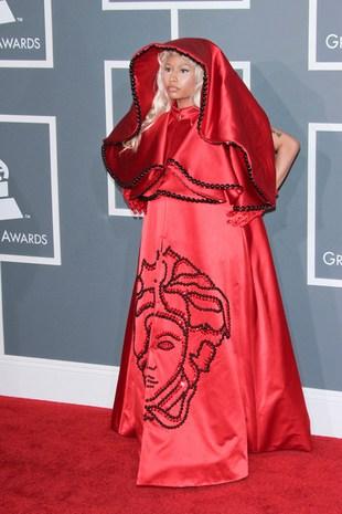 Nicki Minaj z papieżem na czerwonym dywanie (FOTO)