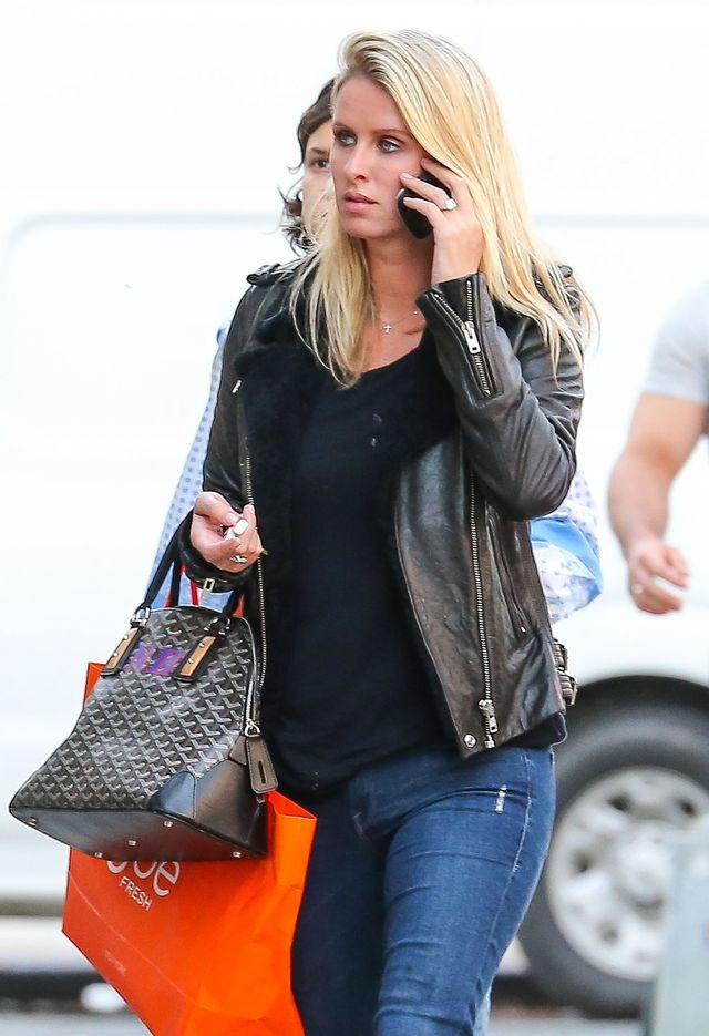 Nicky Hilton martwi si� �e nie zauwa�yli�cie jej pier�cionka