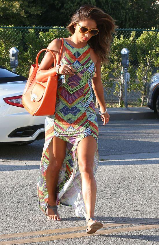 Nicole Scherzinger nie potrzebuje szpilek i mini, by kusić