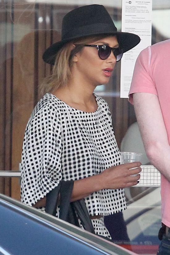 Nicole Scherzinger wcale nie ma płaskiego brzucha? (FOTO)