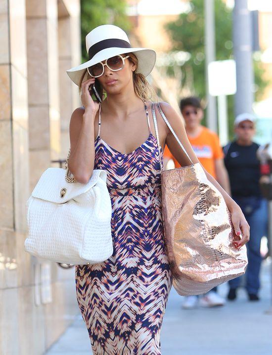 Jedna torebka jej nie wystarczyła (FOTO)