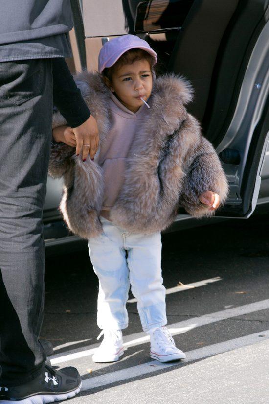 Kim Kardashian pokaza�a pierwsze zdj�cie synka (Instagram)