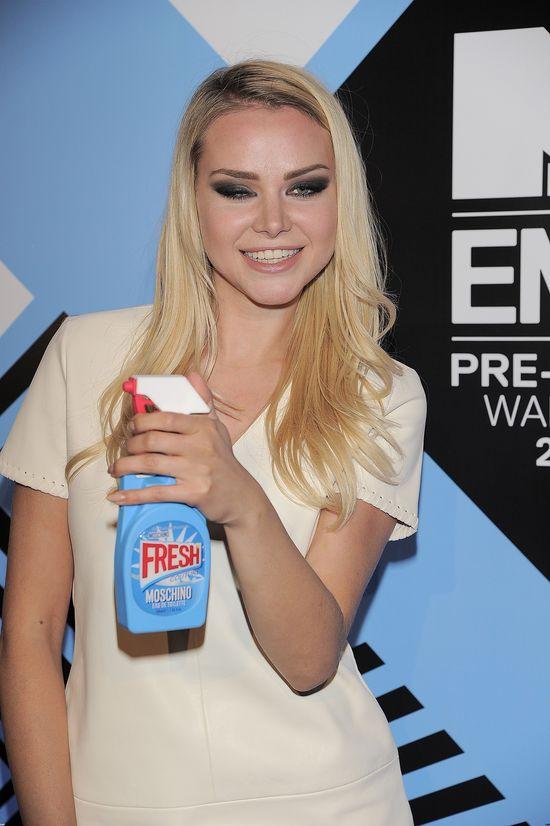 Na imprez� MTV przysz�a z p�ynem do mycia szyb?! (FOTO)