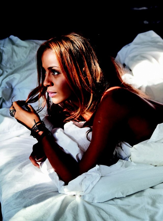 Kolejne zdj�cie Oli Szwed dla Playboya (FOTO)