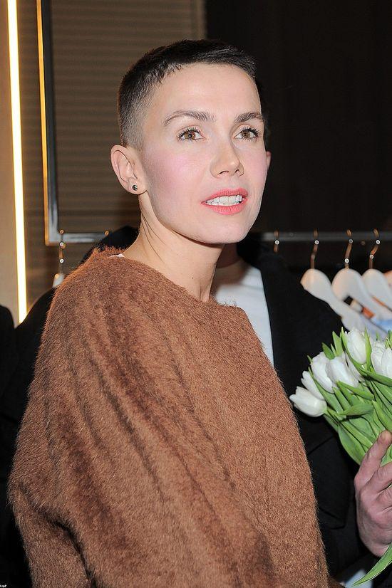 Olga Bołądź też sprzedała się za torebkę? (FOTO)