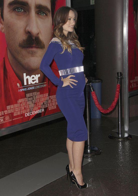 Olivia Wilde z rosnącym brzuszkiem (FOTO)