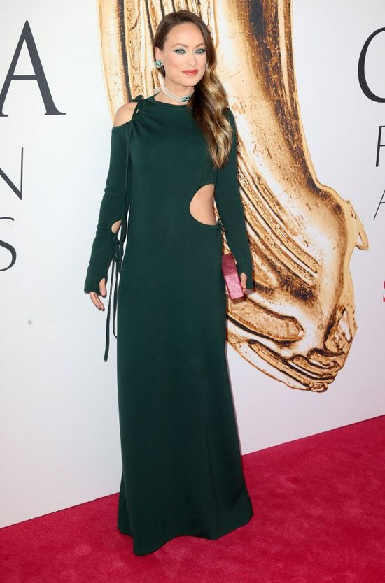 Olivia Wilde lubi ryzykowne ciążowe kreacje (FOTO)