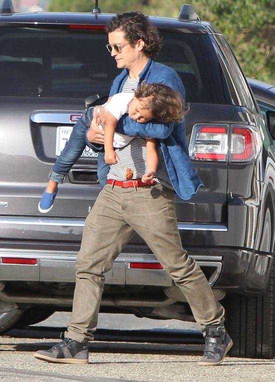 Flynn Bloom uwielbia zabawę z tatą (FOTO)