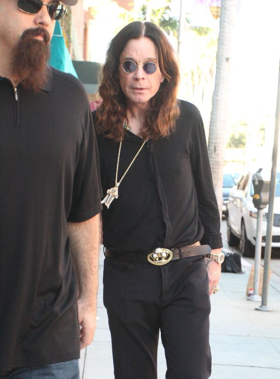 Ozzy Osbourne: Od p�tora roku �pa� i pi� na um�r