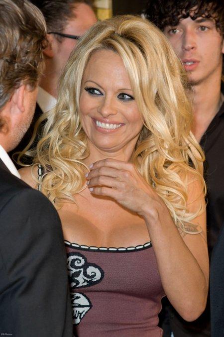 Pamela Anderson już nie wygląda jak na emeryturze FOTO