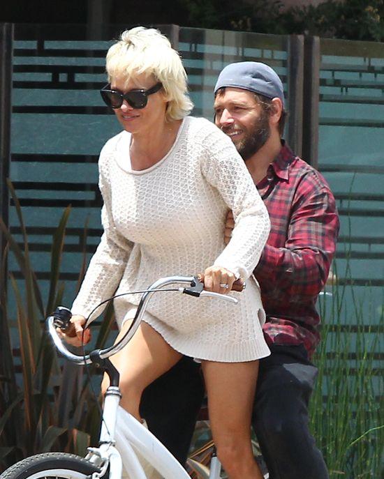 Pamela Anderson wiozi m�a (FOTO)