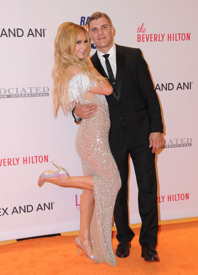Paris Hilton zaręczyła się z Chrisem Zylką!