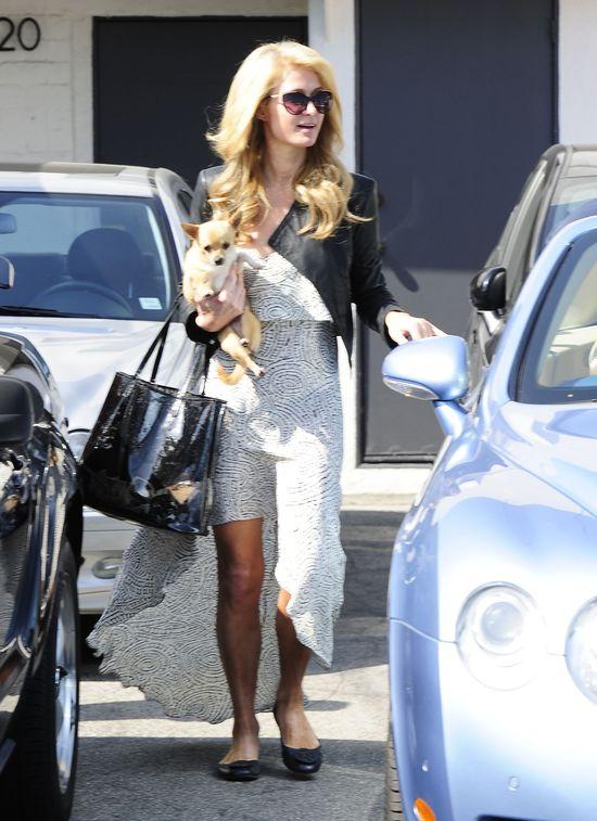 Paris Hilton kontra Kim Kardashian (FOTO)
