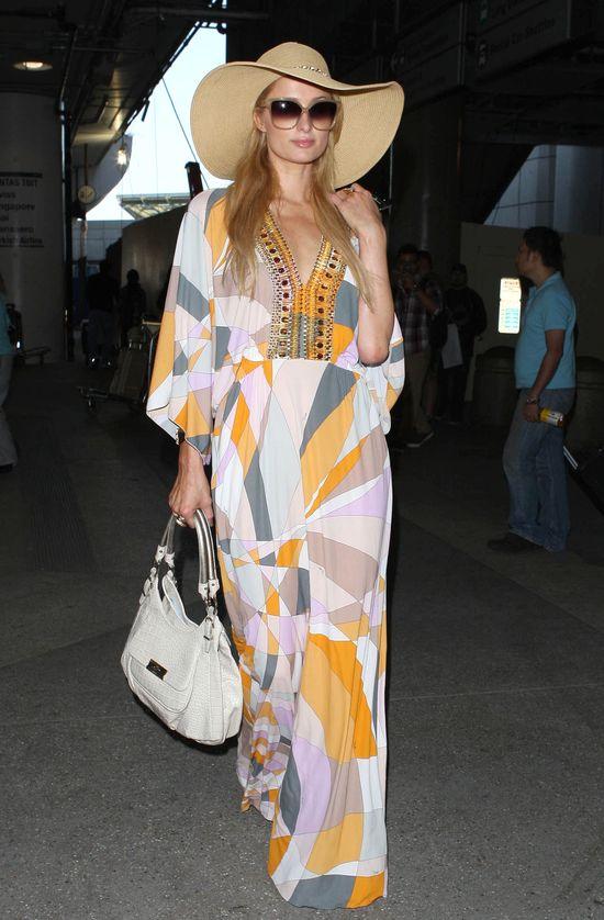 Paris Hilton wr�ci�a z Cannes (FOTO)