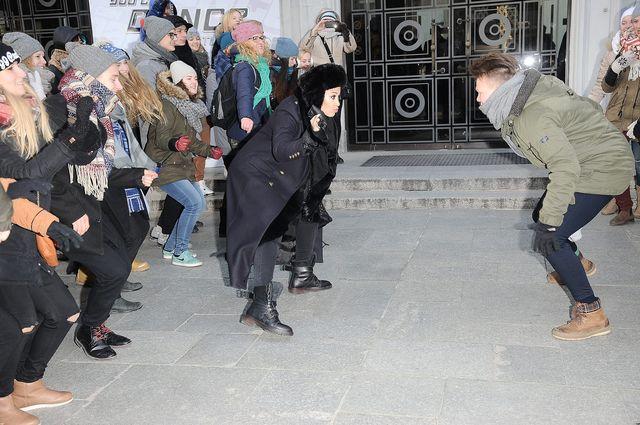 Jak Patrycja Kazadi radziła sobie z mrozem na... (FOTO)