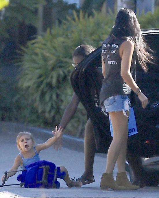 Penelope Disick uderzona drzwiami od samochodu (FOTO)
