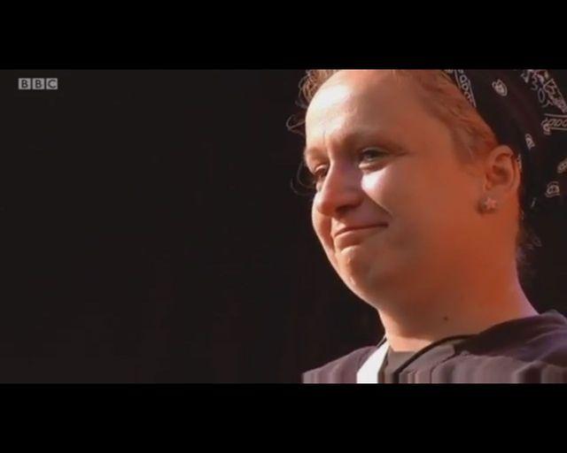 Pharrell Williams przytula Polkę [VIDEO]