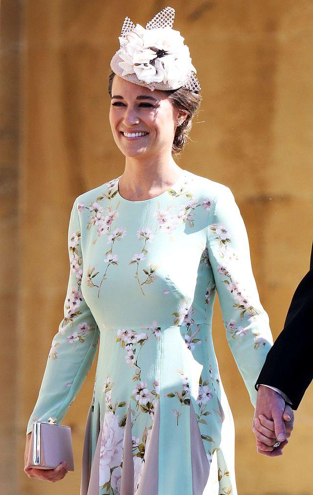 Jaką kreację na ślub wybrała CIĘŻARNA Pippa Middleton? (ZDJĘIA)