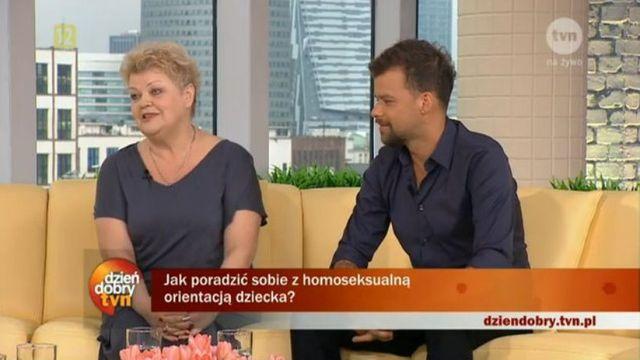 Jak mama Pir�ga zareagowa�a na fakt, �e jej syn jest gejem?