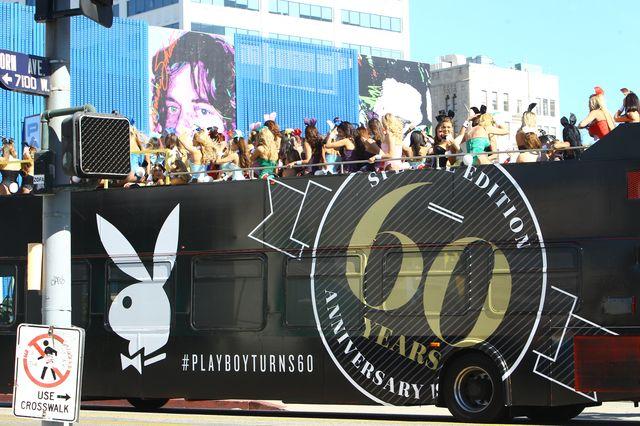Autobus pełen króliczków Playboya (FOTO)