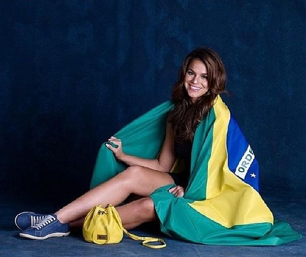 Seksafera wok� Neymara i mundialu (FOTO)