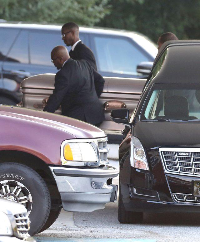 Rodzina pożegnała Bobbi Kristinę Brown (FOTO)