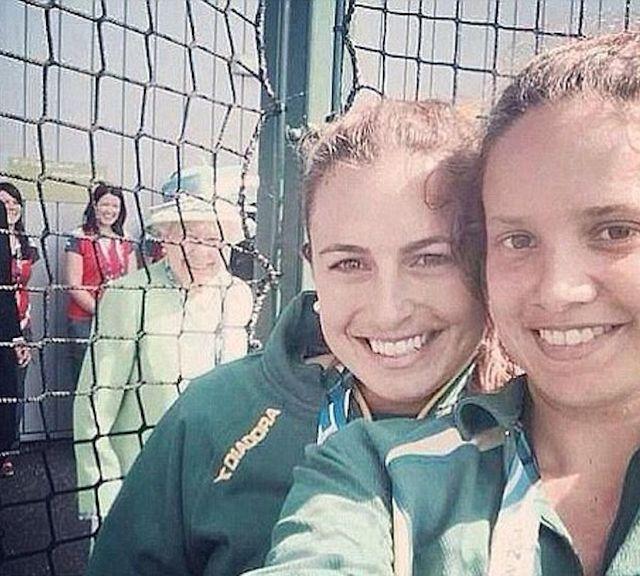Cała rodzina królewska będzie mieć selfie na drugim planie?