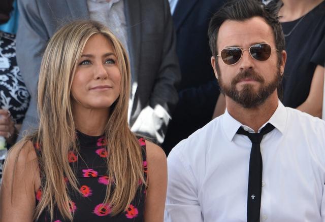 Justin odnalazł LIŚCIKI MIŁOSNE Brada Pitta i Aniston