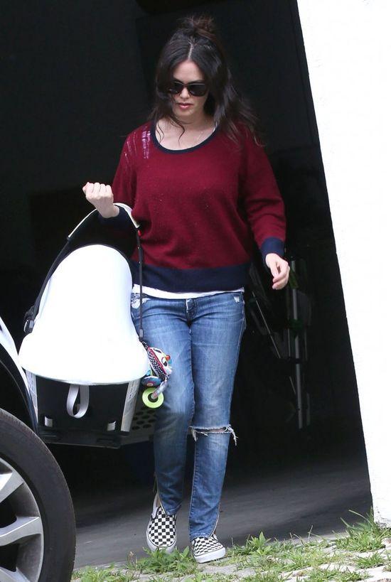 Rachel Bilson przyłapana z córeczką (FOTO)