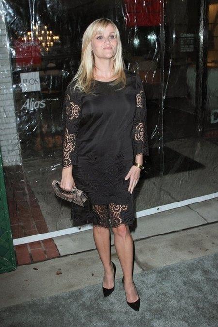 Reese Witherspoon nosi ju� lu�ne sukienki (FOTO)