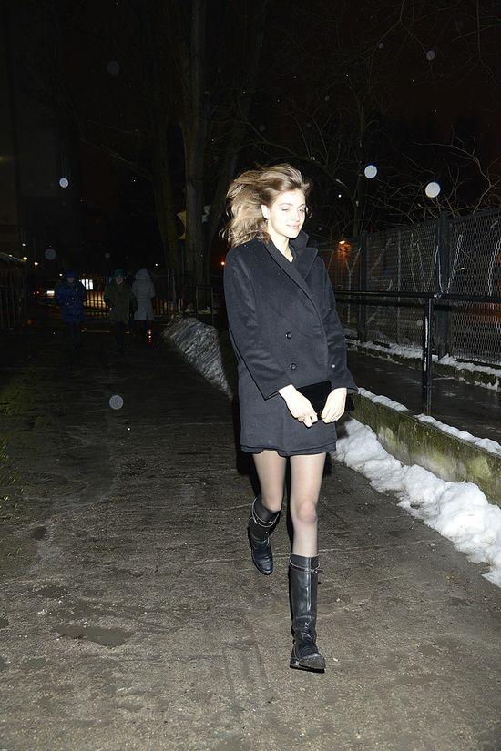 Dziewczyna Kuby Wojew�dzkiego pokaza�a �wietne nogi (FOTO)