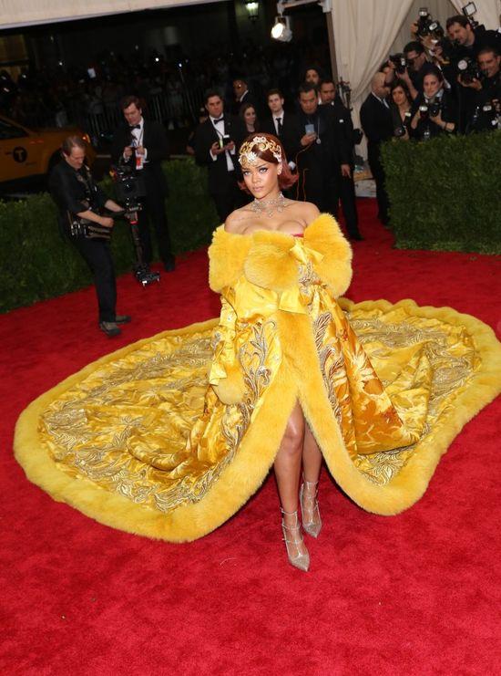 Rihanna poniżyła Ritę Orę!