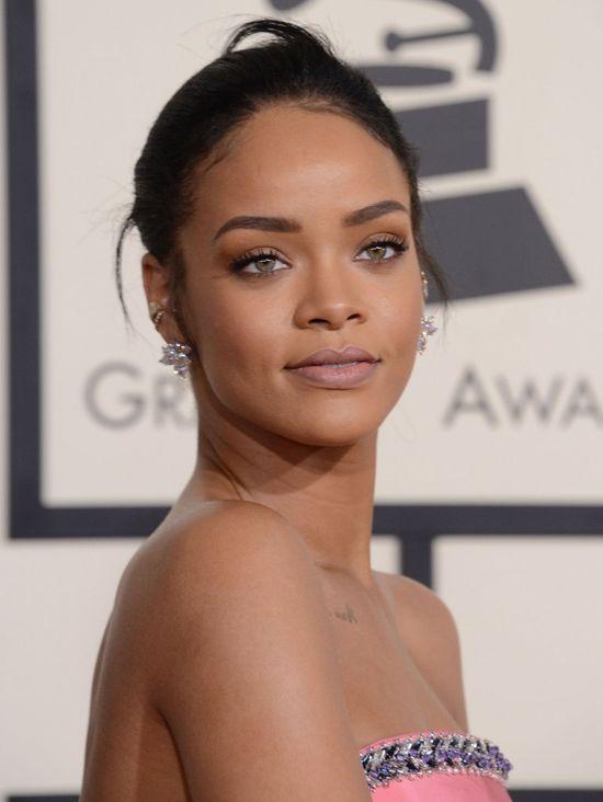 Jak Rihanna zareagowała na wieść o córeczce Browna?