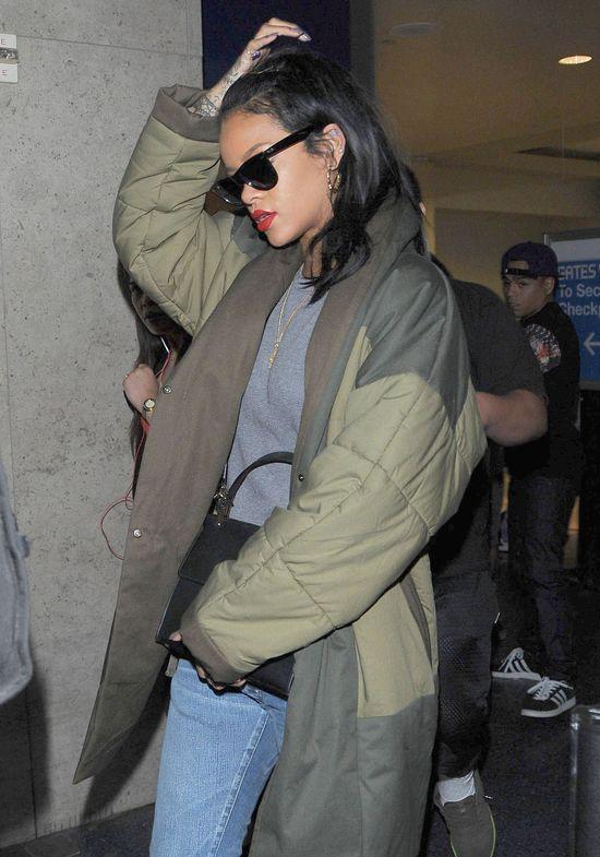 Rihanna zagra w filmie o Bondzie?