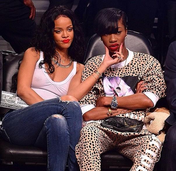 Rihanna pochwaliła się zdjęciem z USG! (FOTO)