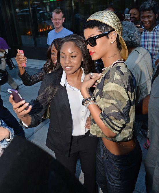 Rihanna zostanie drugą Victorią Beckham? (FOTO)