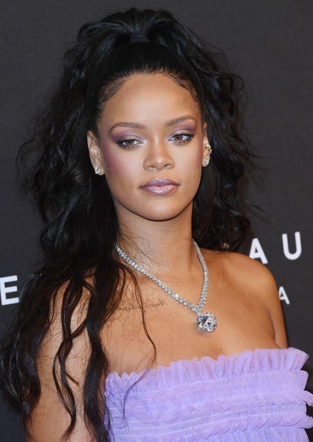 Dlaczego Rihanna nie chciała, by ktokolwiek spojrzał jej na dłonie?