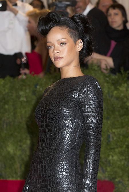 Rihanna na gali Metropolitan Museum of Art (FOTO)