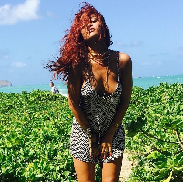 Jak wygl�da Rihanna w roli druhny?