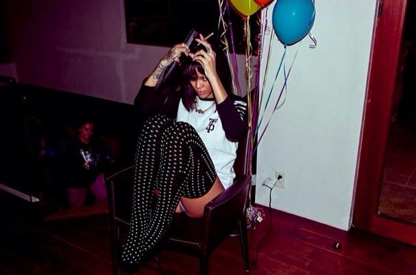 Rihanna pozdrawia z Aspen (FOTO)
