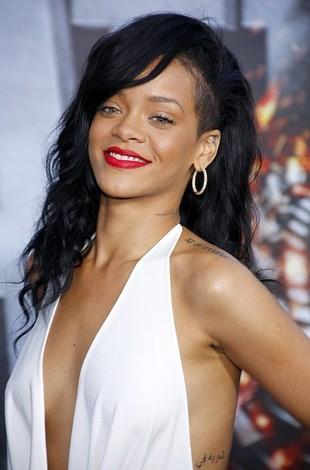 Rihanna na premierze filmu Battleship (FOTO)