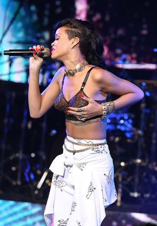 Rihanna wściekła na Ritę Ora