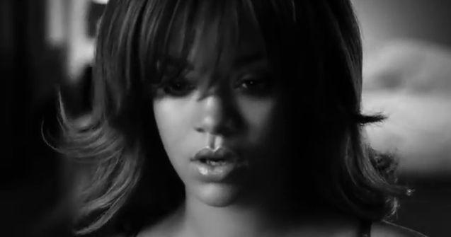 Rihanna w reklamie Armaniego miała dublerkę! (FOTO)